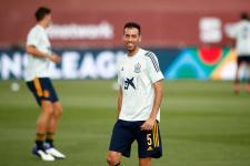 «Барселона» рассматривает трёх футболистов на замену Бускетсу