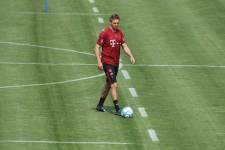 «Бавария» ищет хавбека и правого защитника