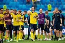 Швеция и Польша объявили составы