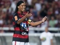Роналдиньо может уехать в Анголу