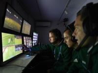 ФИФА готовит революцию: офсайды будут фиксировать роботы