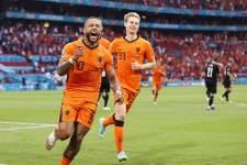 6 мячей сборной Голландии в ворота лидера группы - видео