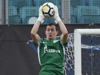 Лунёв займёт место в воротах сборной России в матче с Францией