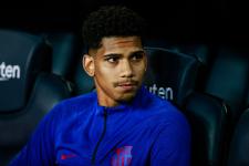 «Барселона» подпишет новое соглашение с молодым защитником