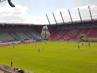 Возвращение чемпионата Германии: Взгляд с пустой трибуны