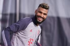 «Бавария» может продлить контракт с Чупо-Мотингом