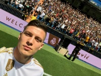 «Милан» предпочитает Йовича Азмуну
