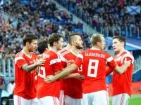 Жирков, Ташаев, Габулов и Лопырёва снялись в клипе в поддержку сборной России