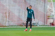 «Бавария» сильнее «Вольфсбурга», гладбахская «Боруссия» и «Фрайбург» забили по 4 гола