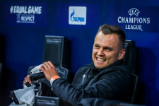 Дмитрий Черышев отреагировал на информацию об уходе сына из «Валенсии»