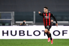 «Милан» продлит аренду Диаса на два года