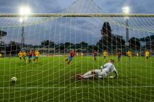 Фанаты «Челтенема» собрали почти 35 тысяч евро, «продавая» виртуальные билеты на игру с «Манчестер Сити»