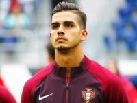 Андре Силва перешёл из «Милана» в «Айнтрахт»