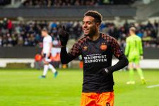 Дортмундская «Боруссия» объявила о трансфере Малена из ПСВ