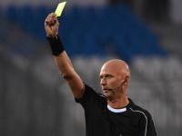 Болбой швырнул мяч в грудь Калафьори, Карасёв показал игроку «Ромы» жёлтую карточку