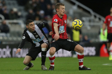 Уорд-Праус продлил контракт с «Саутгемптоном»
