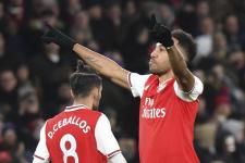 «Арсенал» геройски прошёл «Бенфику», «Наполи» не удалось забить достаточно голов «Гранаде»