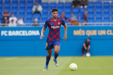 Араухо возвращается в «Барселону» с травмой