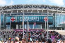 В Англии проведут проверку по делу беспорядков перед финалом Евро-2020