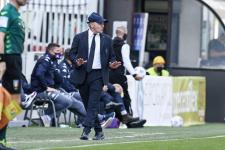 Якини объявил об уходе с поста главного тренера «Фиорентины» по окончании сезона