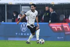 Гюндоган продолжит карьеру в сборной Германии