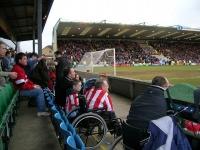 """""""Мы угрожали, что прикуем себя к """"Уэмбли"""". Как выглядит футбол с инвалидной коляски"""